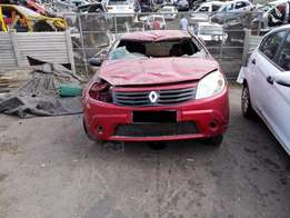 Renault sandero hatchback Stripping for spares
