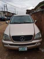 A Cogent and Powerful Mercedez-Benz Jeep 2002 for cheap sales