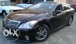 2009 Toyota Crown 2500cc auto Smooth ride Asking 1.65m