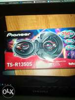 I'm looking for Pioneer TS-R1350S