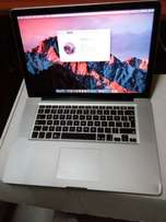 Mac book pro apple laptop i7