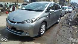 Toyota wish 2010 fully loaded