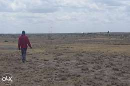 Private piece of land 10km from Konza Development.
