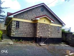 3 Bedroom master ensuite house on its own compound for sale, Honeypot