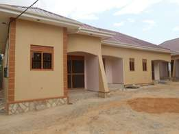 Stunning is self contained double in ntinda at 500k