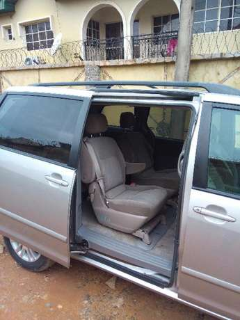 Toks Sienna LE 2008 Direct Lagos Mainland - image 5