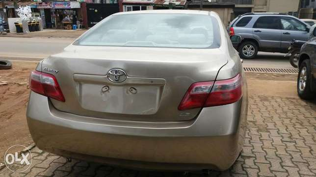 Xtremely Clean Toks Toyota Camry 2007 Lagos Mainland - image 2