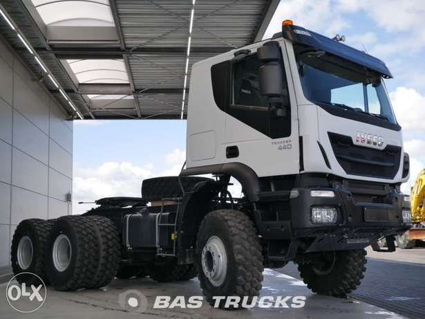 IVECO Trakker Hi-track At720t44 - To be Imported Lekki - image 3