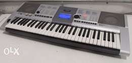 Yamaha PSR E404 for sale