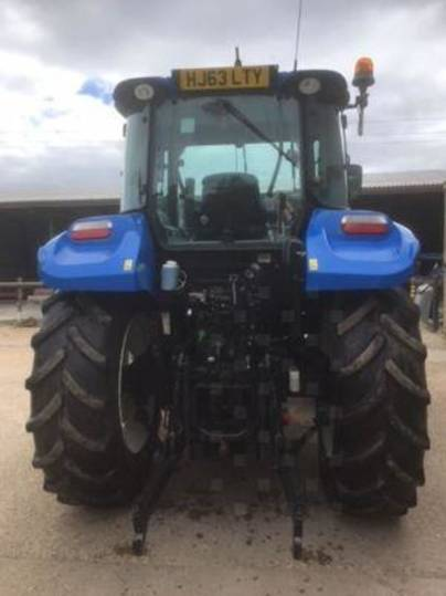 New Holland t5.105 deluxe - 2013 - image 4