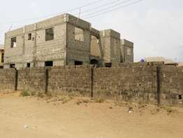 Newly built uncompleted 4 nos of 2 b edroom flat on a full plot
