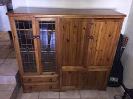 Stunning Vintage Oregon Pine Unit with LED stained glass doors