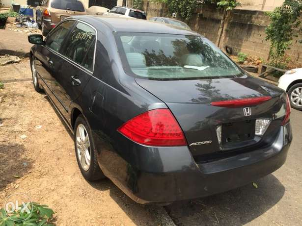 2007 Model Honda Accord Tokunbo Ifako Agege - image 3