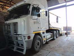 2001 model freightliner argosy with a trailer for sale