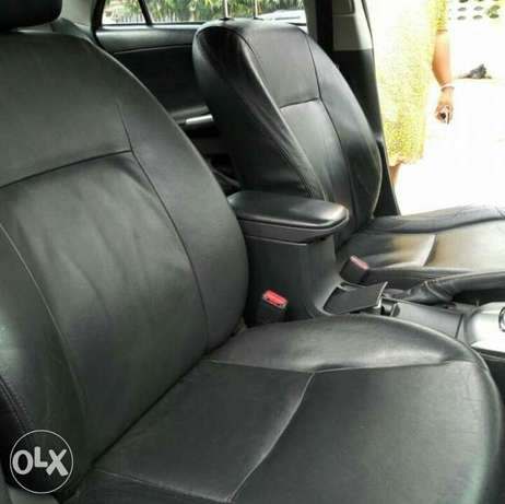 2012 Toyota Corolla with push button ignition and bluetooth Ikeja - image 7
