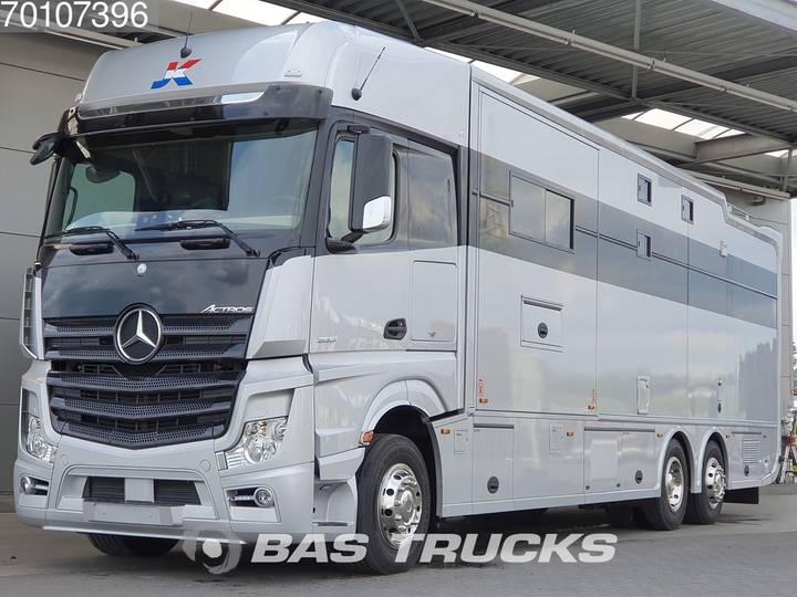 Mercedes-Benz Actros 2551 L 6X2 Camper Motorhome Racing Euro 6 - 2017