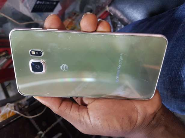 Cracked Samsung galaxy s6 edge plus and s7 edge all working perfect ok Ikeja - image 5