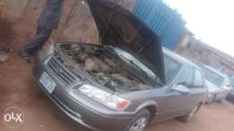 Just like new Toyota Camry drop light for sale