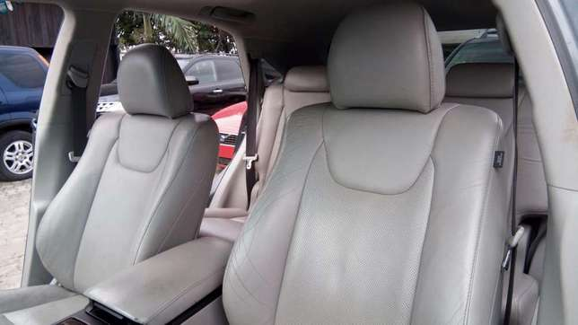 Clean Tin Can Cleared 2010 Lexus RX 350 With Full Factory Options. Lekki - image 4
