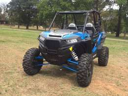 2016 Polaris RZR 1000 XP Turbo : demo : (velocity blue)