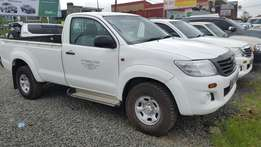 Toyota hilux pickup 2014 4wd 2500cc diesel manual in good condition