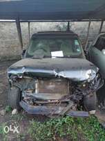 Landrover Discovery KBT with damaged front part