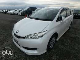 Toyota Wish Year 2010 Model Automatic Transmission 2WD White Color