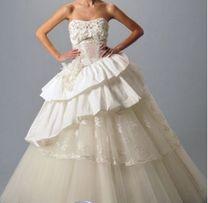 8456b3740cfff2 сукня весільня нова від Львівського дизайнера Оксана Муха