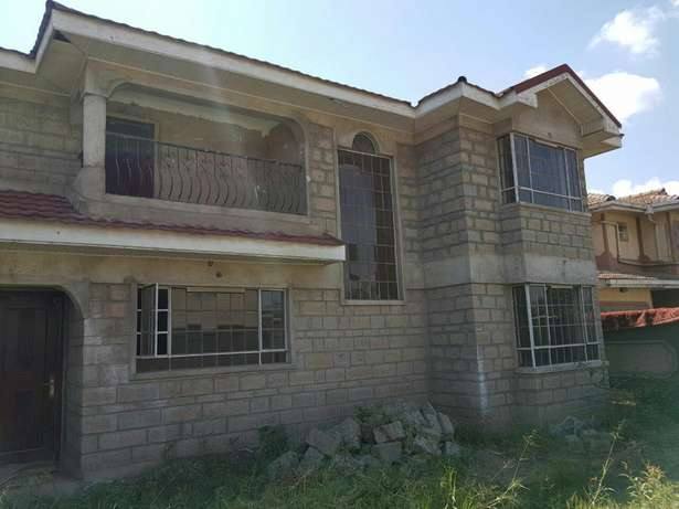5bedroom mansionette all ensuite on a 1/4 an acre in syokimau.less than a kilometer from mombasa road Pangani - image 2