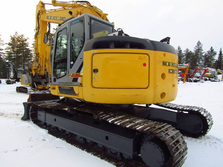 New Holland Myyty! Sold! E235bsrlc Proboengcon - 2010 - image 3