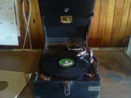 masters voice record player