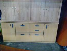 Oak Serve Cabinet With Sliding Door And Drawers