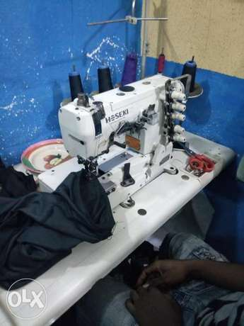 Very clean working taping machine Lagos Mainland - image 1