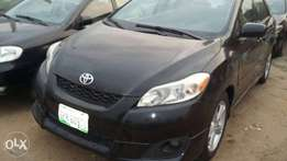 Very Clean 2009 Toyota matrix in good condition