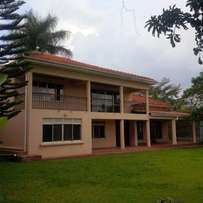 Naguru 6 bedroom Mansion with a swimming pool for rent at $4,000