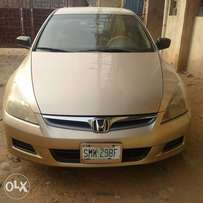 Honda accord DC 2006