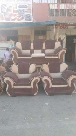 Brandy new sofa five Seater Kayole - image 2