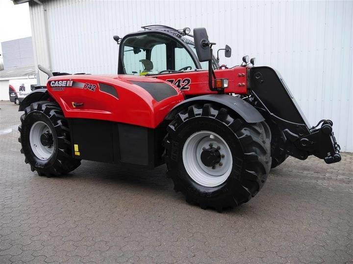 Case IH Farmlift 742 - 2015