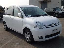 7 Seater Sienta, we do hire purchase