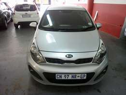 2013 Kia Rio 1.4, Color Silver, Price R115,000.