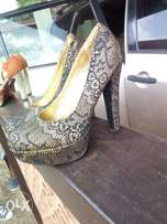 quality shoes for sale (38 &39')