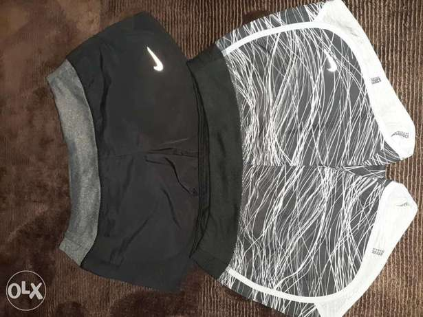 Nike short original for girls size S (2 colors available)