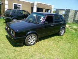 Good morning everyone am selling a golf running very well