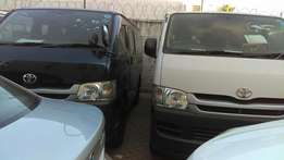 Toyota Hiace 7 L manual diesel available