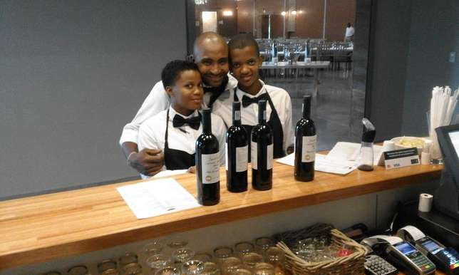 waiters and waitresses for hire Johannesburg - image 4
