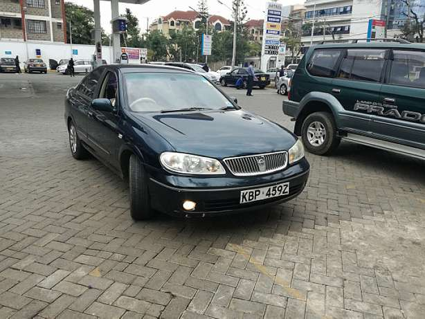 Nissan Sunny supper salon Nairobi CBD - image 6
