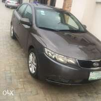 Super clean Kia cerato