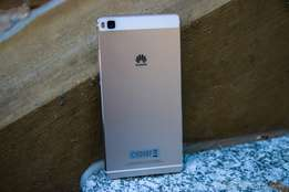 Huawei p8 Brand new and sealed in a shop, Original with warranty