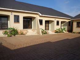 6 rentals for sale in kiira near ploice at 320m