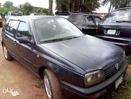 Volkswagen Golf for sale very sharp buy and drive no issue